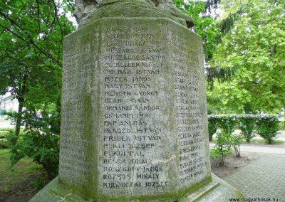 Aba I. világháborús emlékmű 2014.07.12. küldő-Méri (7)