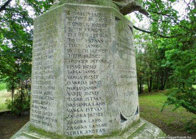 Aba I. világháborús emlékmű 2014.07.12. küldő-Méri (9)