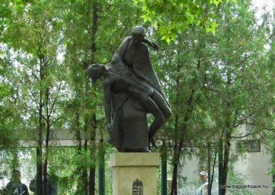 Aba II. világháborús emlékmű 2014.07.12. küldő-Méri (1)