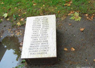 Aba II. világháborús emlékmű 2014.07.12. küldő-Méri (10)