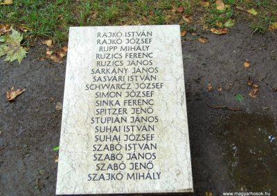 Aba II. világháborús emlékmű 2014.07.12. küldő-Méri (11)