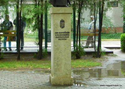 Aba II. világháborús emlékmű 2014.07.12. küldő-Méri (2)