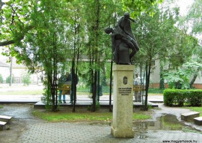 Aba II. világháborús emlékmű 2014.07.12. küldő-Méri