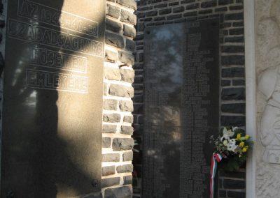 Abasár világháborús emlékmű 2008.10.13. küldő-kalyhas (4)