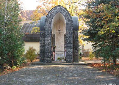 Abasár világháborús emlékmű 2008.10.13. küldő-kalyhas