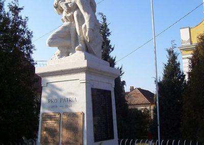 Abda I.vh emlékmű 2009.01.25.küldő-Ancsa84