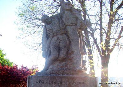 Abony I.vh emlékmű 2009.04.26. küldő-miki (2)