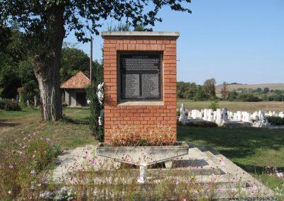 Acsa II.vh emlékmű 2009.09.28. küldő-kalyhas