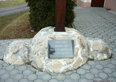 Acsalag világháborús emlékmű 2011.02.23. küldő-Ágca (10)