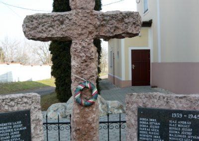 Acsalag világháborús emlékmű 2011.02.23. küldő-Ágca (5)