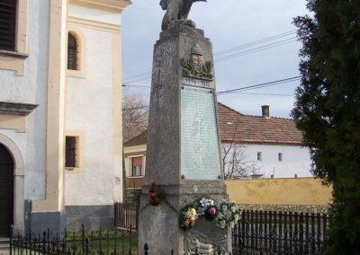 Adásztevel I.vh emlékmű 2008.02.22.küldő-Horváth Zsolt