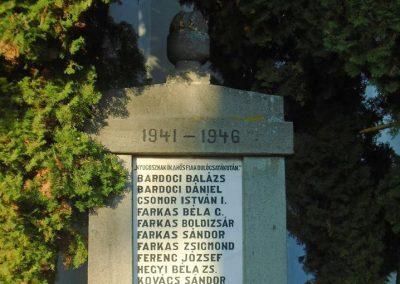 Agyagfalva II. világháborús emlékmű 2015.09.25. küldő-Mónika39 (1)
