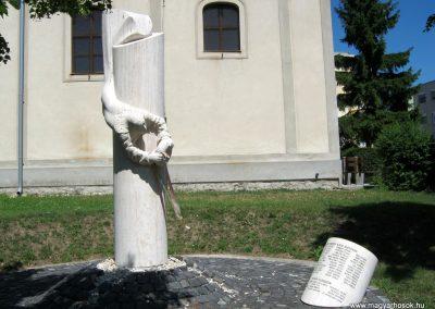 Ajka II. világháborús emlékmű 2012.08.01. küldő-Emese