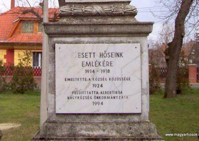 Albertirsa I. világháborús emlékmű 2009.03.17. küldő-miki (3)