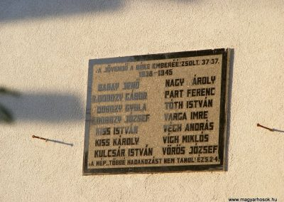Alcsútdoboz világháborús emléktáblák 2012.06.23. küldő-Méri (4)