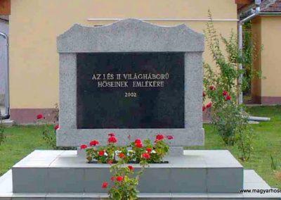 Alibánfa világháborús emlékmű 2007.08.15. küldő-Hunmi (2)