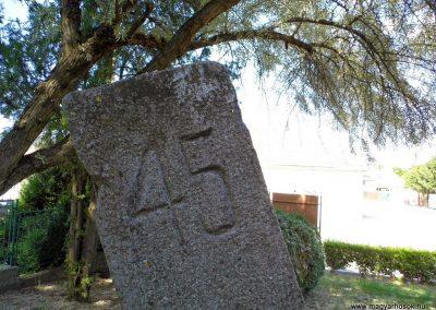 Alistál világháborús emlékmű 2014.06.18. küldő-Méri (5)