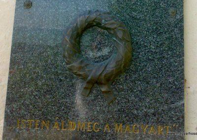Alsóörs világháborús emléktáblák 2009.07.22.küldő-Csiszár Lehel (3)