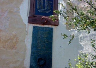 Alsóörs világháborús emléktáblák 2009.07.22.küldő-Csiszár Lehel