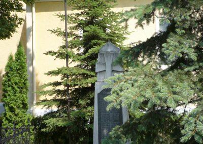 Alsóújlak világháborús emlékmű 2012.05.24. küldő-Sümec (1)