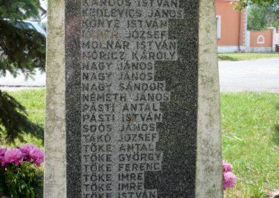 Alsóújlak világháborús emlékmű 2012.05.24. küldő-Sümec (11)