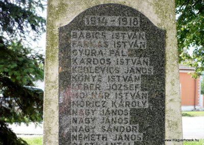 Alsóújlak világháborús emlékmű 2012.05.24. küldő-Sümec (12)
