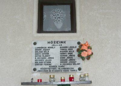 Alsóberecki világháborús emléktáblák 2009.12.27. küldő-Ágca (3)