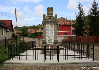 Alsóboldogfalva felújított I. világháborús emlékmű 2014.08.22. küldő-Pálffy Tamás Szabolcs (1)