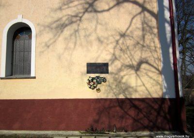 Alsógagy világháborús emléktábla 2014.02.16. küldő-kalyhas (1)