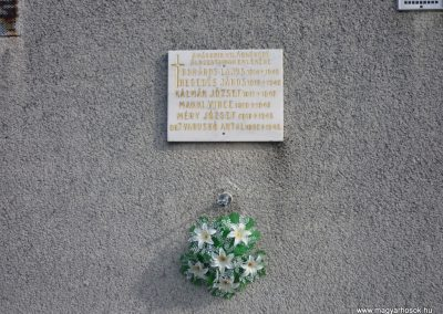 Alsójányok II.vh emléktábla 2010.03.02. küldő-Felvidéki betyár