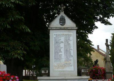 Alsópáhok II.vh emlékmű 2009.07.01.küldő-Sümec (2)