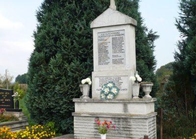 Alsórajk II.vh emlékmű 2009.09.14. küldő-Sümec (4)