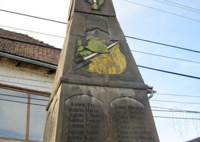 Alsósófalva világháborús emlékmű 2011.09.20. küldő-Mónika39