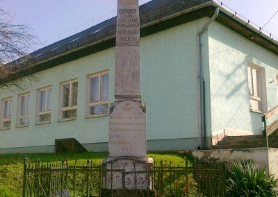 Alsószölnök I.vh emlékmű 2011.04.10. küldő-Csiszár Lehel