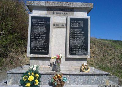 Alsószuha II.világháborús emlékmű 2012.04.09. küldő-Pataki Tamás (5)