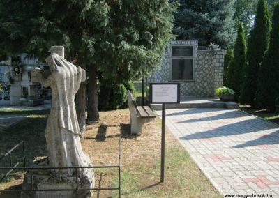 Alsózsolca köztemető II. világháborús emlékmű 2015.08.09. küldő-Emese