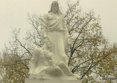 Ambrózfalva világháborús emlékmű 2012.11.13. küldő-Csiszár Lehel (1)