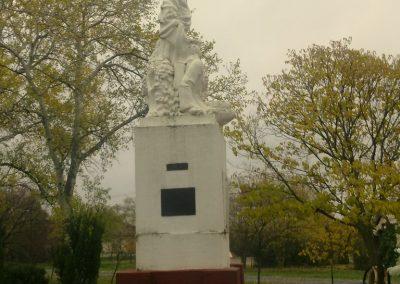 Ambrózfalva világháborús emlékmű 2012.11.13. küldő-Csiszár Lehel (5)