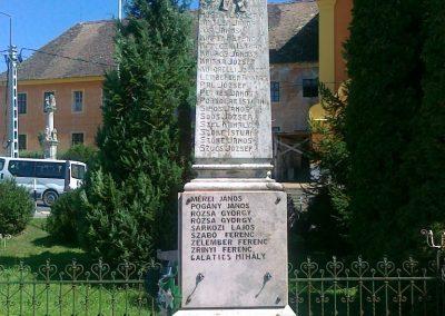 Andocs világháborús emlékmű 2010.08.26. küldő-Csiszár Lehel (3)