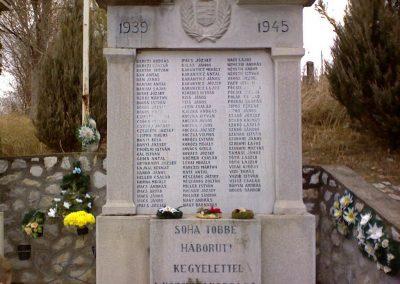 Andornaktálya világháborús emlékmű 2006.11.12. küldő-kalyhas (4)