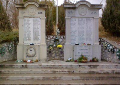 Andornaktálya világháborús emlékmű 2006.11.12. küldő-kalyhas