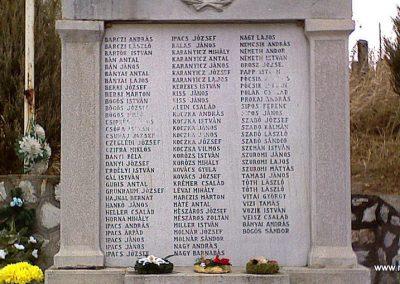 Andornaktálya világháborús emlékmű 2006.11.12. küldő-kalyhas (6)