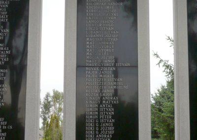 Apátfalva II. világháborús emlékmű 2012.07.13. küldő-Sümec (4)