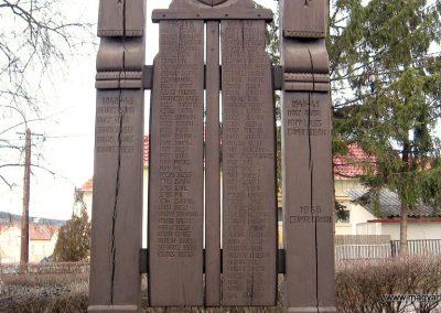 Arló világháborús emlékmű 2008.01.27. küldő-kalyhas (1)