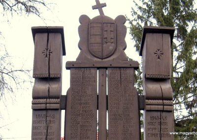 Arló világháborús emlékmű 2008.01.27. küldő-kalyhas