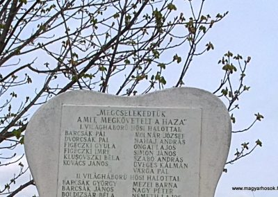 Arnót világháborús emlékmű 2012.04.13. küldő-Pataki Tamás (2)
