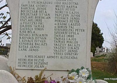 Arnót világháborús emlékmű 2012.04.13. küldő-Pataki Tamás (3)