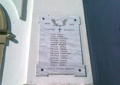 Aszófő világháborús emléktáblák 2010.10.27. küldő-Csiszár Lehel (3)