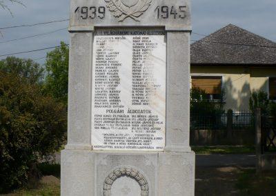 Aszaló II.vh emlékmű 2009.05.20.küldő-Gombóc Arthur (1)