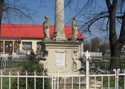 Attala I.vh emlékmű 2009.04.04. küldő-kalyhas (2)